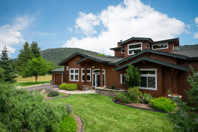 Sandpoint Single Family Home For Sale: 211 Jim Brown Way