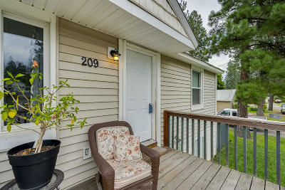 Post Falls Single Family Home For Sale: 209 E 9th Ave