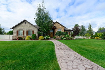 Idaho Falls Single Family Home For Sale: 5130 Long Cove Drive