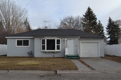 Blackfoot Single Family Home For Sale: 1086 Sunset Drive