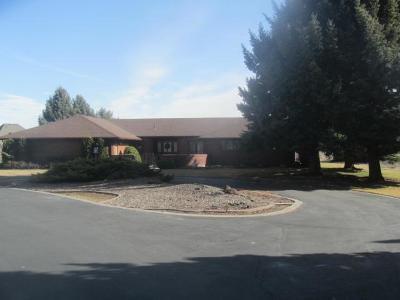 Idaho Falls Single Family Home For Sale: 2088 E 49th S