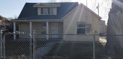 Blackfoot Single Family Home For Sale: 212 Archer Street