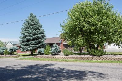Blackfoot Single Family Home For Sale: 135 N 400 W