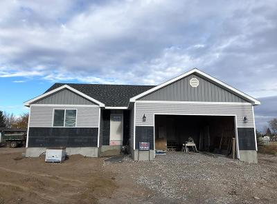 Shelley Single Family Home For Sale: 474 Wind River Drive