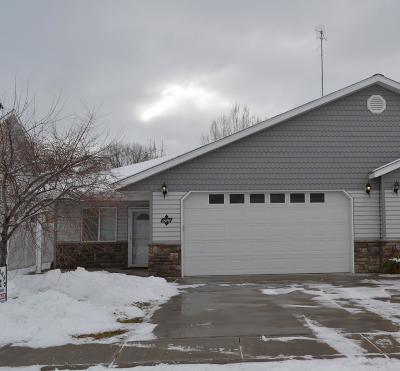 Blackfoot Single Family Home For Sale: 590 Gwen Loop