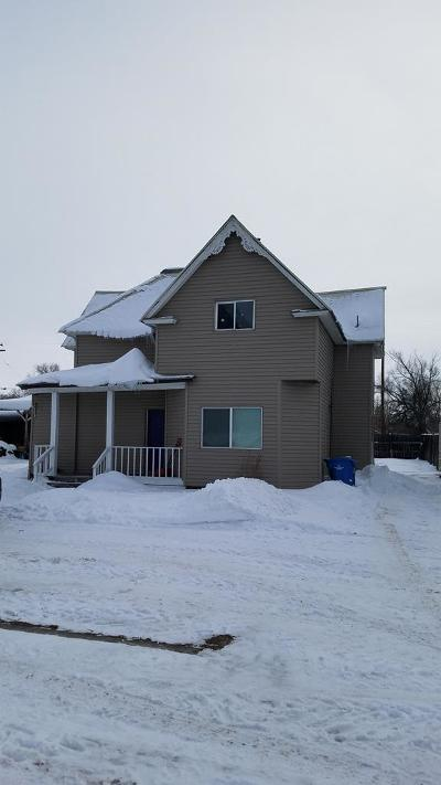 Fremont County Multi Family Home For Sale: 136 E 6th S