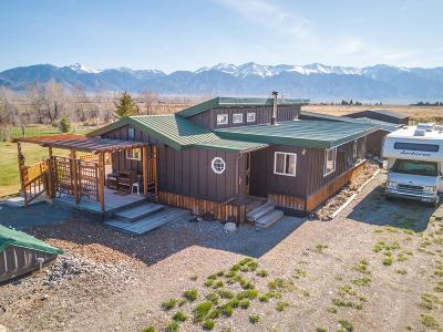 Custer County Single Family Home For Sale: 4015 W 4100 N