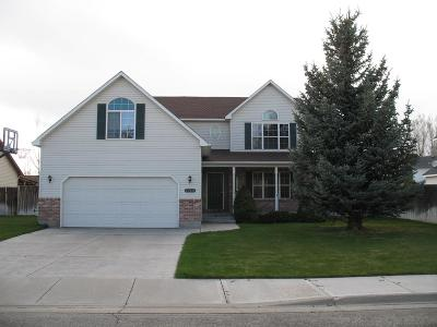 Idaho Falls Single Family Home For Sale: 4360 Colonial Way