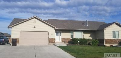 Idaho Falls Single Family Home For Sale: 3053 N Sunlight Drive