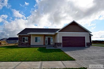 Idaho Falls Single Family Home For Sale: 395 Firethorn Drive