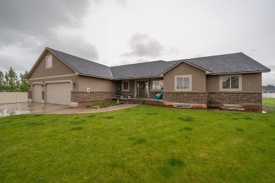 Idaho Falls Single Family Home For Sale: 370 N Eight Mile Circle
