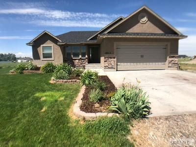 Rigby Single Family Home For Sale: 3813 E 106 N