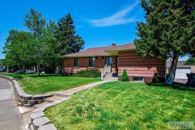 Idaho Falls Multi Family Home For Sale: 680 Lincoln Drive