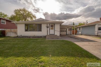 Idaho Falls Single Family Home For Sale: 1030 Stanger Avenue