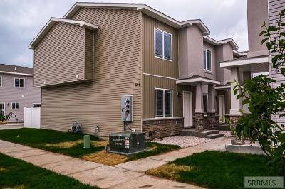 Idaho Falls Multi Family Home For Sale: 660 Saturn Avenue