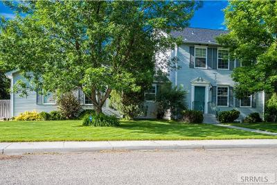 Idaho Falls Single Family Home For Sale: 245 Plantation Circle