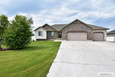 Rigby Single Family Home For Sale: 3877 E 12 N