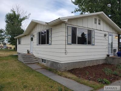 Rexburg Single Family Home For Sale: 142 N 3rd W