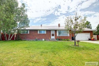 Rexburg Single Family Home For Sale: 100 E Moran View Road