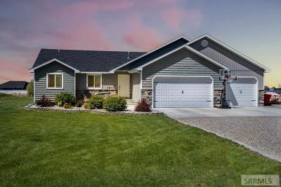 Rigby Single Family Home For Sale: 3833 E 106 N