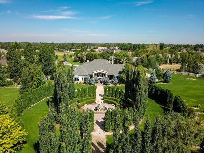 Idaho Falls Single Family Home For Sale: 900 Castlerock Lane