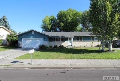 Idaho Falls Single Family Home For Sale: 2200 Westcliff Drive