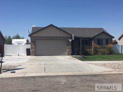Idaho Falls Single Family Home For Sale: 3519 N Volcanic Avenue
