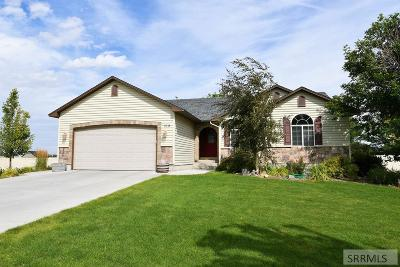 Rigby Single Family Home For Sale: 318 N 3823 E