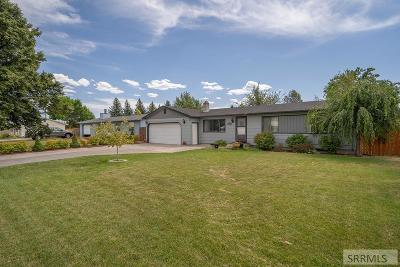 Idaho Falls Single Family Home For Sale: 2436 E John Adams Parkway