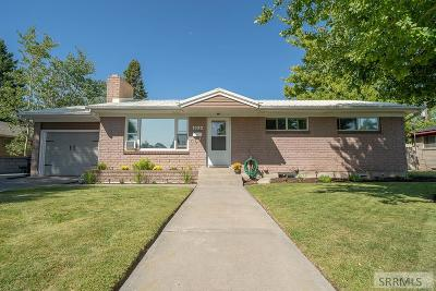 Idaho Falls Single Family Home For Sale: 1330 Merrett Drive