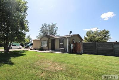 Idaho Falls Single Family Home For Sale: 1975 N 3750 E