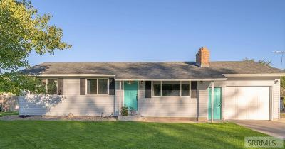 Idaho Falls Single Family Home For Sale: 305 N Blossom Drive