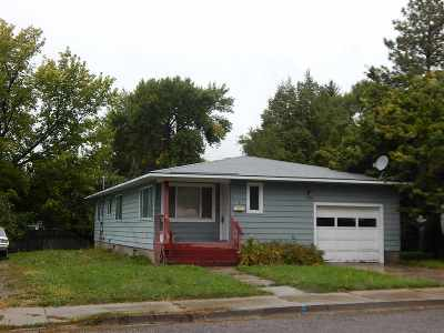 American Falls ID Single Family Home For Sale: $139,900