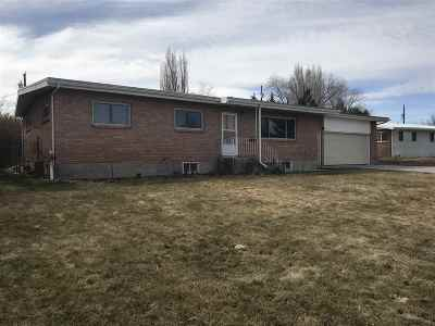 American Falls ID Single Family Home For Sale: $150,000