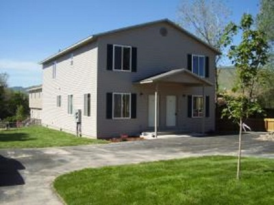 Pocatello Multi Family Home For Sale: 1037 Dolbeer