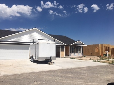 Chubbuck Single Family Home For Sale: 1070 Pinewood