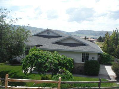 Pocatello Single Family Home For Sale: 1021 Mt. McGuire
