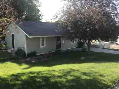 American Falls ID Single Family Home For Sale: $185,000
