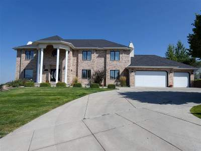 Pocatello Single Family Home For Sale: 2905 Hillview Dr