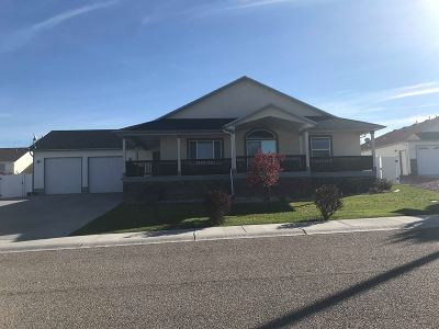 American Falls ID Single Family Home For Sale: $285,000