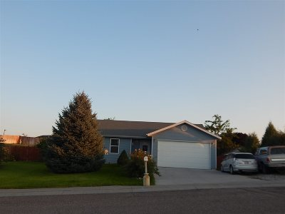 American Falls ID Single Family Home For Sale: $179,000