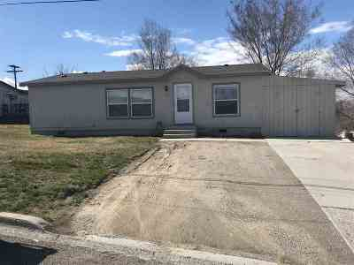 American Falls ID Single Family Home For Sale: $92,800