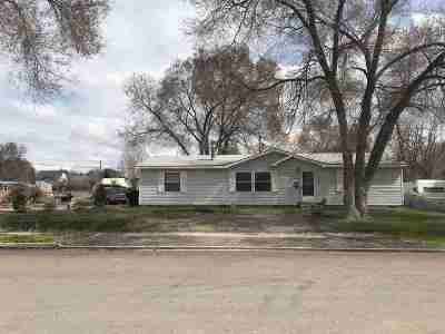 American Falls ID Single Family Home For Sale: $122,000