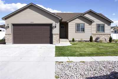 Chubbuck Single Family Home For Sale: 5002 Camden