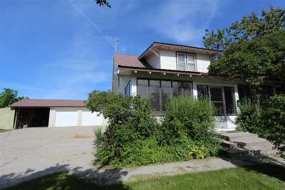 American Falls ID Single Family Home For Sale: $149,900