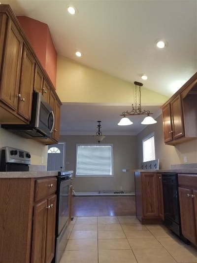 Pocatello Single Family Home For Sale: 931 E Lander