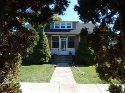 American Falls Single Family Home For Sale: 305 Hayes St