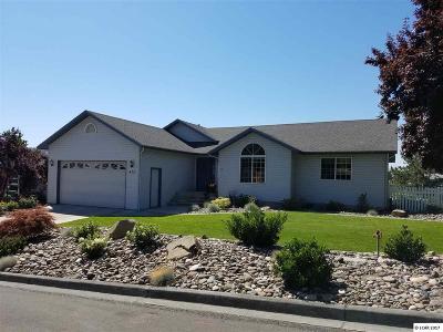 Single Family Home For Sale: 435 Teresa