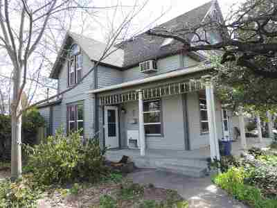 Single Family Home Pending Financing: 1117 7th Street