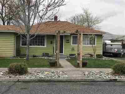 Single Family Home Pending Financing: 2701 9th Avenue